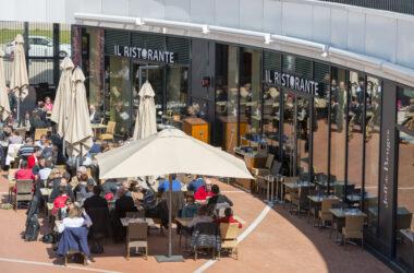photo du centre commercial l'heure tranquille, quartier des 2 lions a Tours. Quartier des deux lions centre commercial Apsys